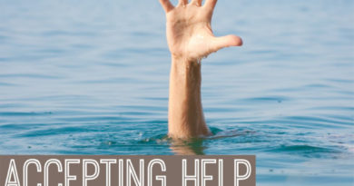 Accepting help from others when you have fibromyalgia #fibromyalgia #beingfibromom