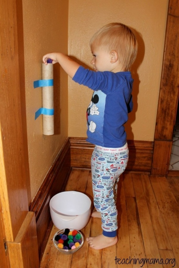 image from http://brightside.me/article/25-inexpensive-ways-to-keep-your-kids-busy-when-theyre-bored-86805/