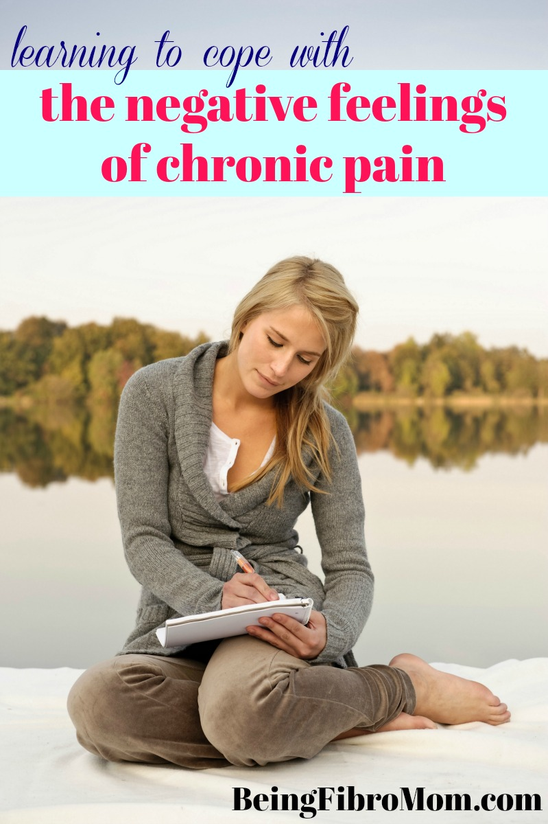 learning to cope with the negative feelings of chronic pain #beingfibromom #fibrobooks #bookreview