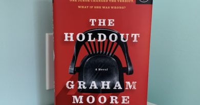 The Holdout by Graham Moore #bookreviews #brandisbookcorner #beingfibromom
