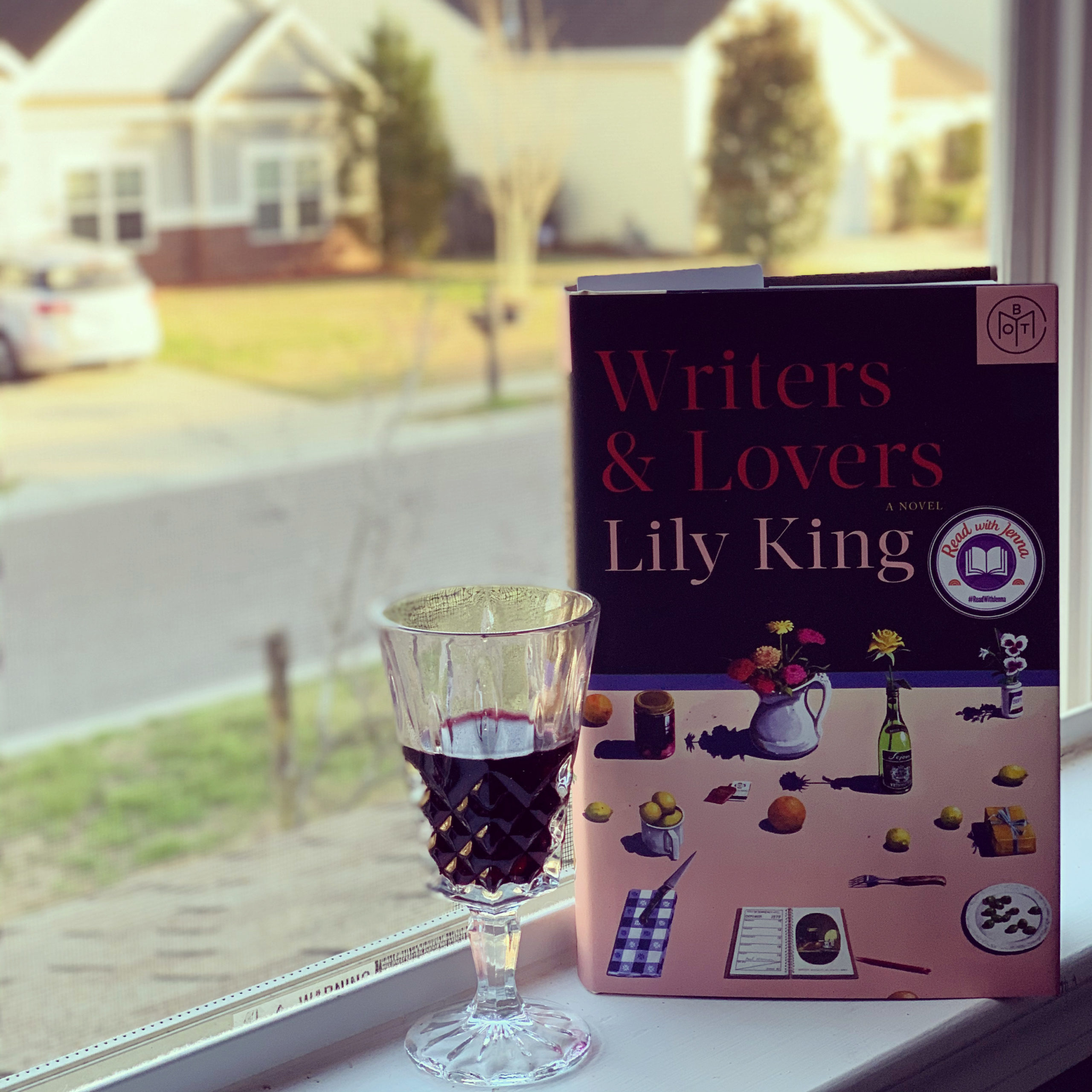 Writers & Lovers by Lily King #bookreviews #brandisbookcorner #beingfibromom