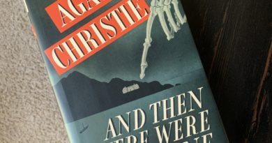And Then There Were None by Agatha Christie #BrandisBookCorner #bookreviews #beingfibromom #agathachristie