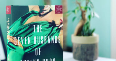 The Seven Husbands of Evelyn Hugo by Taylor Jenkins Reid #BrandisBookCorner #bookreviews #beingfibromom