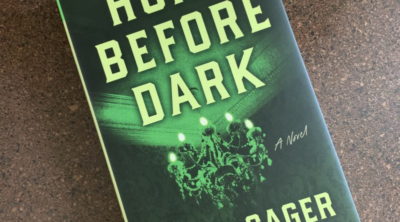 Home Before Dark by Riley Sager #brandisbookcorner #bookreviews #beingfibromom #rileysager