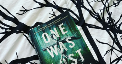 One Was Lost by Natalie D. Richards #beingfibromom #bookreviews #brandisbookcorner