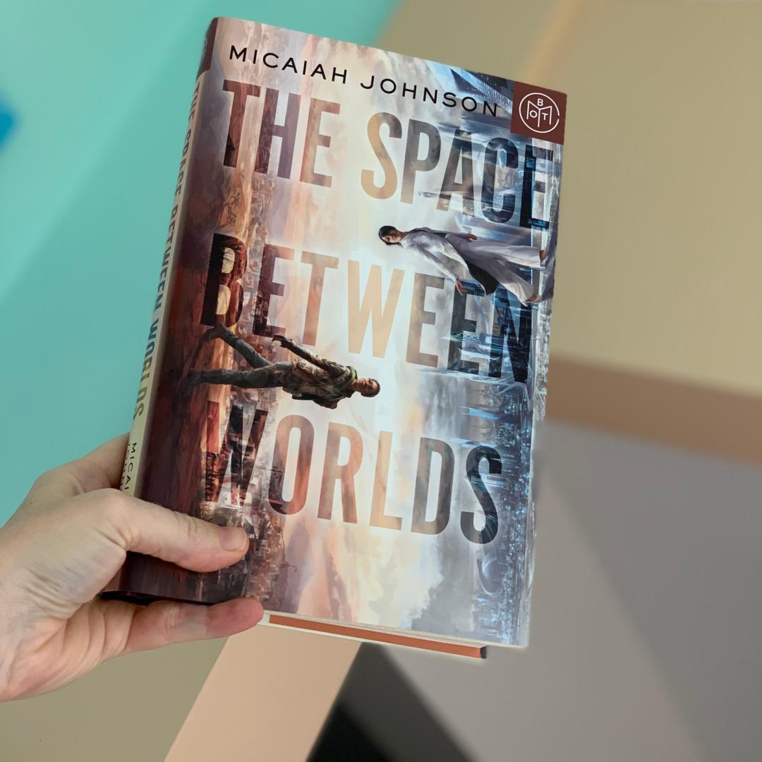 the space between worlds by Micaiah Johnson #bookreviews #brandisbookcorner #beingfibromom
